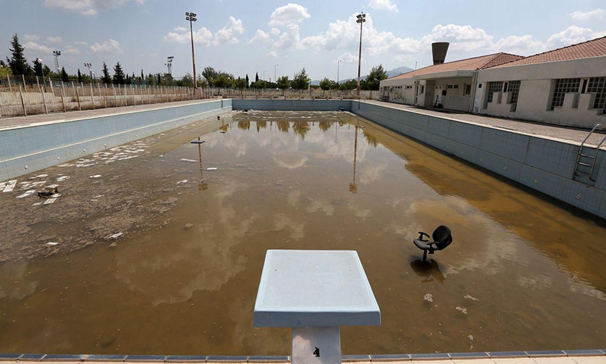 olympisch verval zwembad Athene 2004