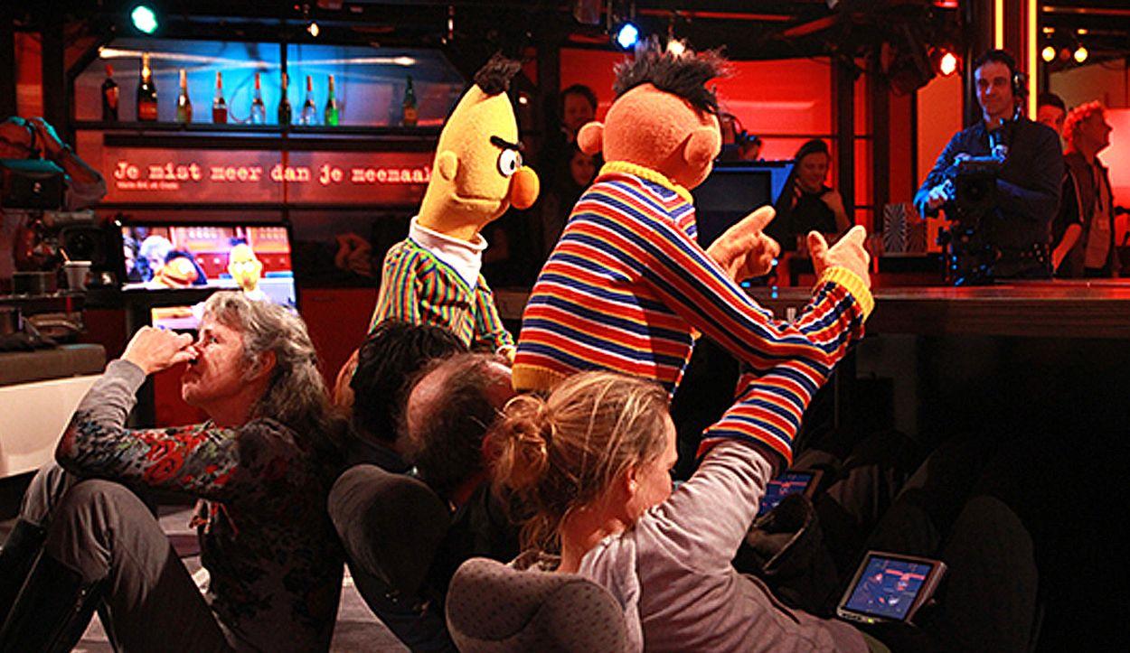 Afbeelding van #TBT Bert & Ernie achter de schermen bij DWDD!