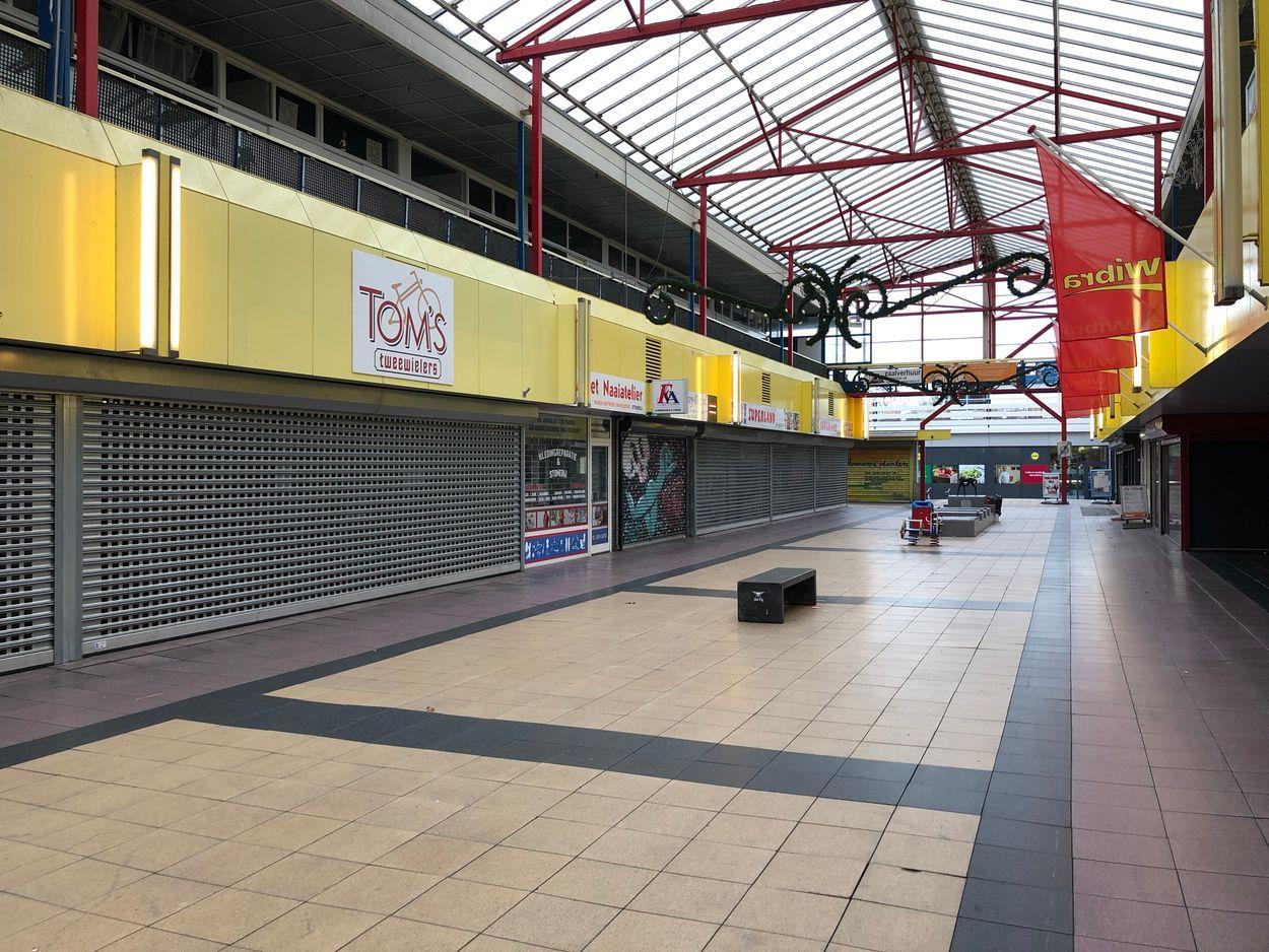 Winkelcentrum Lelycentre-timvlielander@gmail.com