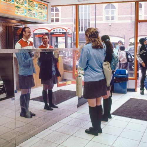 Afbeelding van Web Draait Door: de fantastische straatfoto's van Alan Burles