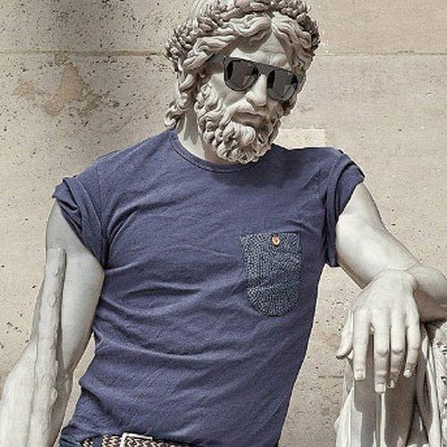 Afbeelding van Web Draait Door: klassieke beelden als hipster